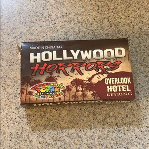 NIB• Hollywood Horrors• overlook hotel key ring